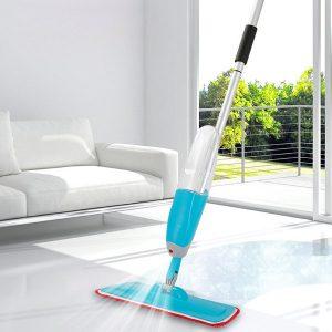 mop spray care pulverizeaza apa si detergent pentru curatenie din rezervor detasabil